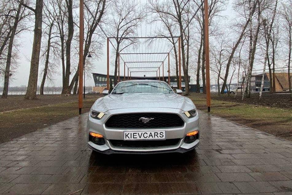 Аренда Ford Mustang в Киеве