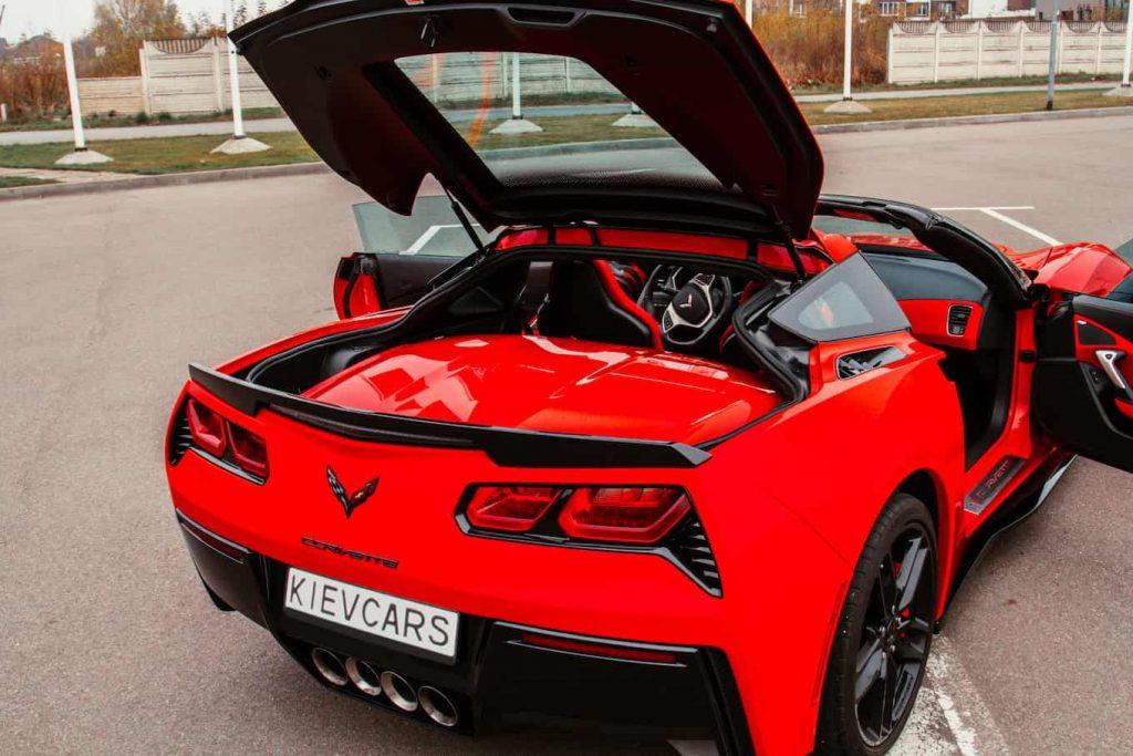 Взять в аренду Chevrolet Corvette в Киеве